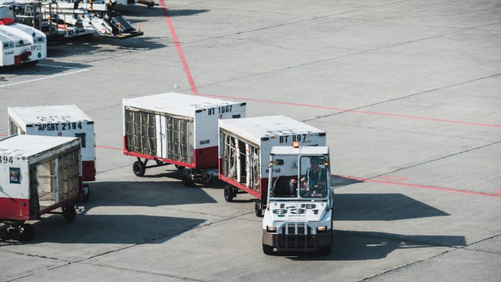 旅客手荷物