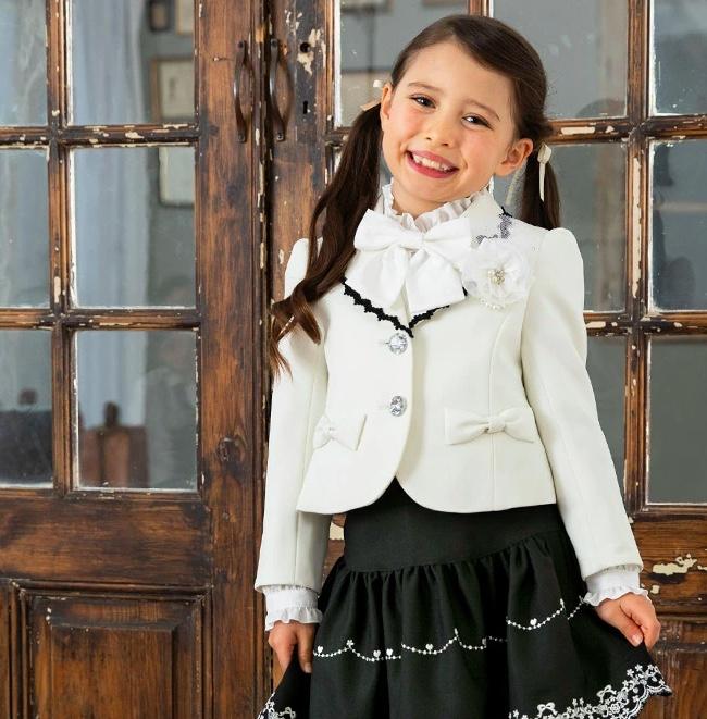 入学式の女の子の服装②